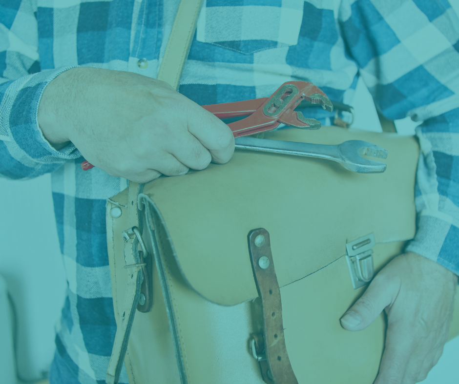 When Is the Best Time to Call an Emergency Plumber?